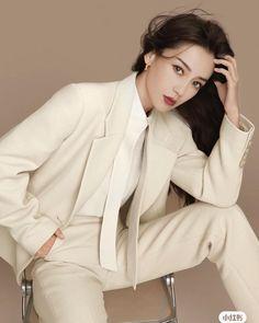 Angelababy, Fashion Photography Poses, Winter White, Blazer, Blouse, Coat, Long Sleeve, Sleeves, Jackets