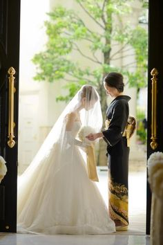 アーセンティア迎賓館(静岡)|結婚式場写真「挙式入場までのベールダウンのセレモニー」 【みんなのウェディング】