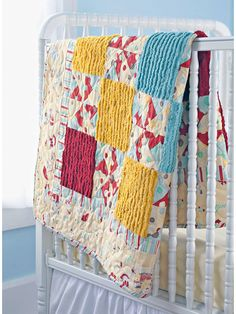 Sew adorable baby quilts with this collection of 260 free baby quilt patterns. Many designs simple and easy enough for a beginner to sew. Sew boy, girl, and gender neutral quilts; tradtional, modern quilts and more. Chenille Quilt, Rag Quilt, Quilt Blocks, Cute Quilts, Small Quilts, Baby Quilts, Kid Quilts, Baby Quilt Patterns, Sewing Patterns