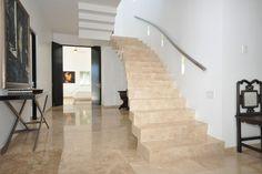 Für authentische #Treppen mit einer dauerhaften Leistung, und ein dynamisches Funkeln, dass einen Hauch von Luxus in jeden Raum wird, investieren Sie in #Granit. http://www.caesarstone-deutschland.com/granittreppen-perfekte-granittreppen