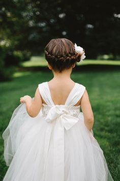 #flowergirl | Photo by WE Photographie | Read more - http://www.100layercake.com/blog/?p=80420