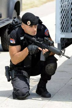 Hot Cops in Boots: Photo Military Police, Police Officer, Gi Joe, Armed Security Guard, Sexy Military Men, Hot Cops, Bear Men, Men In Uniform, Special Forces