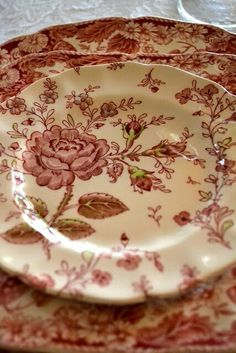 Red and cream transferware
