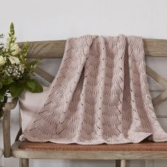 Knithouse Baby Carpet Emma & Rezept The post Babydecke Emma & Rezept appeared first on Bestes Soziales Teilen. Knitting For Kids, Baby Knitting Patterns, Knitting Projects, Crochet Baby, Knit Crochet, Diy Projects To Try, Baby Room, Diy And Crafts, Carpet