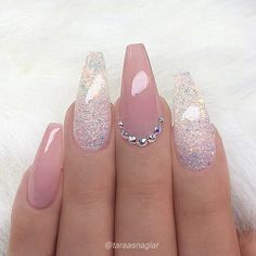 REPOST - - - - Pale Mauve-Pink and glitter on long coffin nails with - Ellise M. - REPOST – – – – Pale mauve pink and glitter on long coffin nails with – - Acrylic Nails Natural, Cute Acrylic Nails, Acrylic Gel, Natural Nails, Coffin Nails Long, Long Nails, Coffin Nails Glitter, Matte Stiletto Nails, Pink Coffin