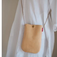 Best Leather Wallet, Handmade Leather Wallet, Handmade Bags, Leather Bag Tutorial, Leather Bag Pattern, Leather Purses, Leather Handbags, Craft Bags, Fabric Bags