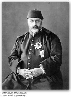 Sultan Abdulaziz of the Ottoman Empire. Rare Photos, Old Photos, Turkey History, Empire Ottoman, Old Photography, Turkish Art, Prince And Princess, 14th Century, Chef Jackets