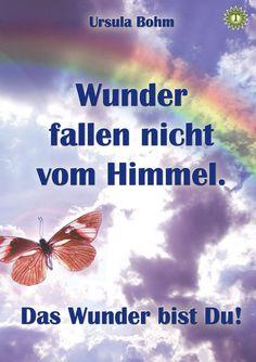 Kindleformat ISBN 9783943650068    Ursula Bohm nimmt uns mit in ihr Leben, das geprägt war von Armut, Grausamkeit und körperlichem Leid. Hineingeboren in eine Welt, die von Gewalt und Ignoranz beherrscht wurde, verlor sie dennoch nie ihren Glauben an Gott. Seine Liebe gab ihr immer wieder Kraft. Dann, in einer Nacht voller Schmerzen geschah ihr ein Wunder und ihr wurde eine Erkenntnis offenbart.