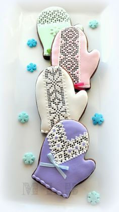 My little bakery :): Christmas cookies...Mittens..