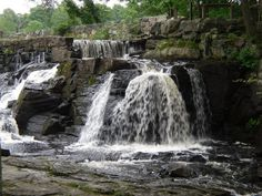 These 13 Hidden Waterfalls In Connecticut Will Take Your Breath Away