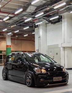 Volkswagen Up, Vw Up, Golf Mk2, Modified Cars, Lowrider, Car Car, Hot Rods, Classic Cars, Audi