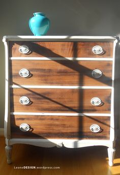 Another way to show of the wood of a piece of furniture even if the top is damaged.