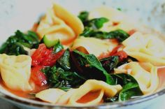 Garlic, Tomato, Beet Greens and Tortellini Soup Vegetarian Salad Recipes, Best Soup Recipes, Clean Recipes, Veggie Recipes, Cooking Recipes, Healthy Recipes, Vegan Meals, Favorite Recipes, Pasta Dishes