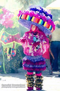 Fotografía 3   Carnaval de Chiapas  Carnaval de Ocozocoautla, Chiapas, México, 2012   Fotografía por Gamaliel Grootenboer    www.Gamaliel.me  www.Gamaliel.me/FF  https://www.facebook.com/pages/Fashion-Folklore/363643940408093    #fashion #folklore #gamaliel #grootenboer #convocatoria #diseno #diseño #design #fotografia #photography