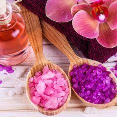 Rezept für buntes Badesalz - macht jedes Vollbad zu einem kleinen Wellnessurlaub
