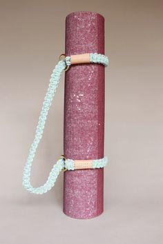 Shop DIY Macramé Kits and Patterns for beginners to intermediate artists. Macrame Rings, Macrame Bag, Macrame Knots, Yoga Mat Bag, Macrame Projects, Sewing Projects, Bag Clips, Macrame Design, Creations