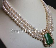 Pearl Necklace Designs, Pearl Necklace Wedding, Beaded Jewelry Designs, Jewelry Design Earrings, Gold Earrings Designs, Gold Jewellery Design, Bead Jewellery, Pearl Jewelry, Wedding Jewelry