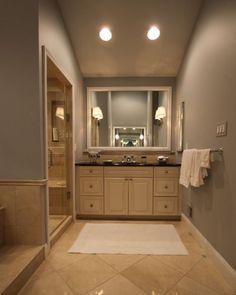 Lohttp://www.houzz.com/photos/17906318/Townhouse-Masterbath-traditional-bathroom-dc-metrove the flooring.