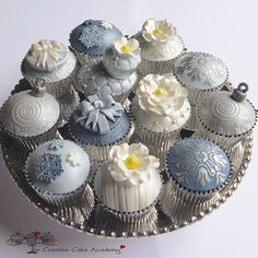 How divine are these cupcakes? they were created by the girls at Creative Cupcake Academy Silver Cupcakes, Fancy Cupcakes, Holiday Cupcakes, Pretty Cupcakes, Beautiful Cupcakes, Wedding Cupcakes, Dessert Wedding, Amazing Cupcakes, Decorated Cupcakes