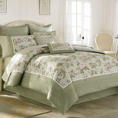 Laura Ashley Avery Twin 3 Piece Comforter Set Twin comforter set includes one comforter, one sham, and one bedskirt. Comforter is a floral print with a solid border with mitered detail. All components are 100% cotton (Barcode EAN = 0883893148956) http://www.comparestoreprices.co.uk/december-2016-5/laura-ashley-avery-twin-3-piece-comforter-set.asp