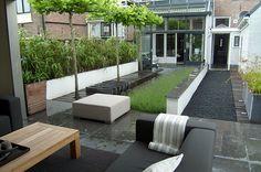 www.buytengewoon.nl stadstuinen eigentijdse-achtertuin-met-waterpartij-in-kampen.html