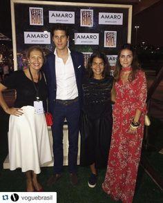 About yesterday!   #Repost @voguebrasil ・・・ Tim-tim! A @amarofashion é quem arma a sunset party em celebração ao primeiro dia de @veste.rio – aqui, @danielafalcao1, nossa diretora de redação e diretora editorial da EGCN, e @donatameirelles, diretora de estilo, posam com Dominique Olivier, presidente e fundador da AMARO e Camila @assreuy, do marketing da grife. #vesterio #AMAROGoesToRio #mundoAMARO
