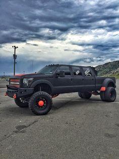 """Massive 6 door Super Duty built by Keaton aka """"The Muscle"""" from Diesel Sellerz!!"""