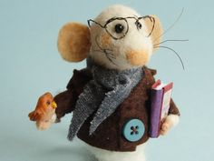 Needle felted library mouse. Mouse with a book and tiny owl. Miniature owl. Felting dreams. ornament. gift. bookshelves decoration. Gift by OlgaHappyHandmades on Etsy