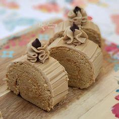 MOCHA ROLL Tea Recipes, Cake Recipes, Cooking Recipes, Mocha Roll Cake Recipe, Cassava Cake, Coffee And Walnut Cake, Chiffon Cake, Cake Flour, Food And Drink