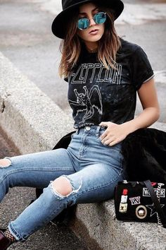Led Zeppelin United States Of America can find Rocker style and more on our website.Led Zeppelin United States Of America 1977 Fashion 90s, Tokyo Street Fashion, Fashion Models, Fashion Outfits, Fashion Trends, Rock Style Fashion, Lolita Fashion, Womens Fashion, Edgy Fall Fashion