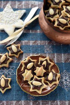 Czarno- białe gwiazdki Cookie Recipes, Pudding, Pie, German Recipes, Sweets, Cookies, Desserts, Christmas, Deco