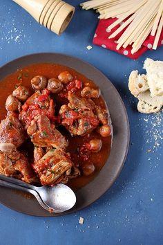 Sauté de dinde à la tomate et aux champignons