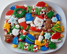 So many beautiful Christmas cookies on one plate! I'm blown away- I'd love to be able to recreate just one of these gorgeous cookies!