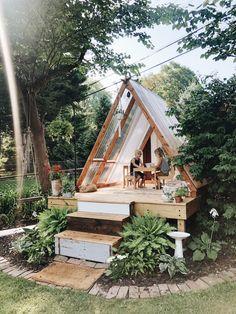 Small Backyard Design, Backyard Play, Small Backyard Landscaping, Backyard For Kids, Backyard Projects, Outdoor Projects, Backyard Ideas, Backyard House, Build A Playhouse