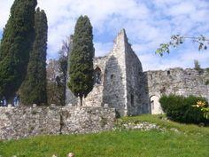 Castello di Brazzacco - B&B Stop&Sleep Fagagna #friuli #italy #travel #castle #hills