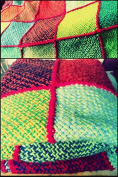 Manta hecha con cuadrados de telar. Handmade #DIY knitted blanket Loom Weaving, Lana, Knit Crochet, Diy, Textiles, Stitch, Pillows, Knitting, Sewing