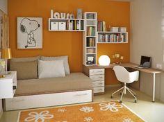 Rak-gantung-minimalis-di-kamar-tidur.jpg (500×374)