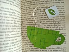 9 Adorable DIY Library-Friendly Bookmarks