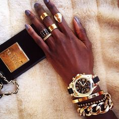 Chunky Gold Bracelet + great deals on arm candy sets for the holidays!