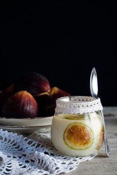 La asaltante de dulces: Receta de panacota de higos y anís/ Figs & anise pannacotta recipe.