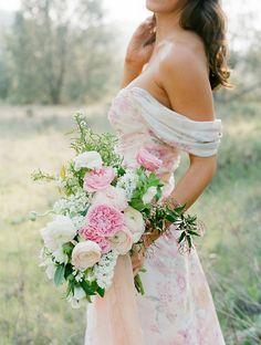 Bouquet  | SouthBound Bride | http://www.southboundbride.com/floral-print-bridesmaid-dresses-from-plum-pretty-sugar-pps-couture | Credit: Jose Villa