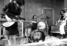 Sleater Kinney - Girls with guitars, everything is going to be ok.