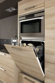 "most beautiful modern kitchen cabinets ideas 31 > Fieltro.Net""> most beautiful modern kitchen cabinets ideas 31 > Fieltro. Contemporary Kitchen Renovation, Modern Kitchen Cabinets, Kitchen Cabinet Design, Interior Design Kitchen, Kitchen Decor, Kitchen Ideas, Kitchen Modern, Kitchen Furniture, Wood Furniture"