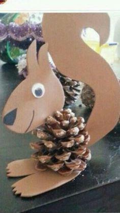 8 Acorn Crafts for Preschoolers Pine cone squirrel Preschool Crafts, Kids Crafts, Diy And Crafts, Arts And Crafts, Paper Crafts, Free Preschool, Acorn Crafts, Pine Cone Crafts, Snowman Crafts