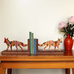 coyote bookends from wolfum