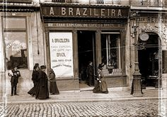 Lisboa de Antigamente: A Brasileira Visit Portugal, Portugal Travel, Old Pictures, Old Photos, City Aesthetic, Azores, Old City, Time Travel, Trip Planning