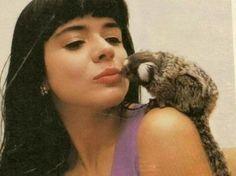 """A cantora gospel Mara Maravilha comenta que : a musica 'Beijinho no Ombro': """"mico"""""""