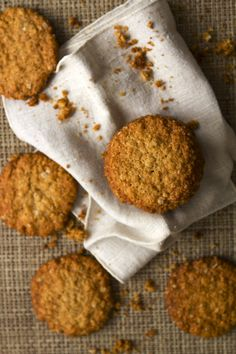 galletas de avena, coco y miel | Momentos Gastronomicos Brownie Cookies, Sin Gluten, Food Pictures, Margarita, Biscuits, Bakery, Bread, Cooking, Breakfast
