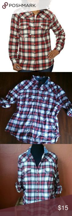Jachs Girlfriend Bea Flannel in Red, White Soft and comfy flannel with snap button closures, roll up sleeves with snap tab. Cute denim paisley print peeks out from the collar. Double chest pockets. 100% cotton. This is a classic staple flannel. Excellent condition, NWOT. Jachs Tops Button Down Shirts