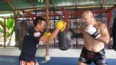 Poslední tréninky muay thai a rozloučení s Kru Phet